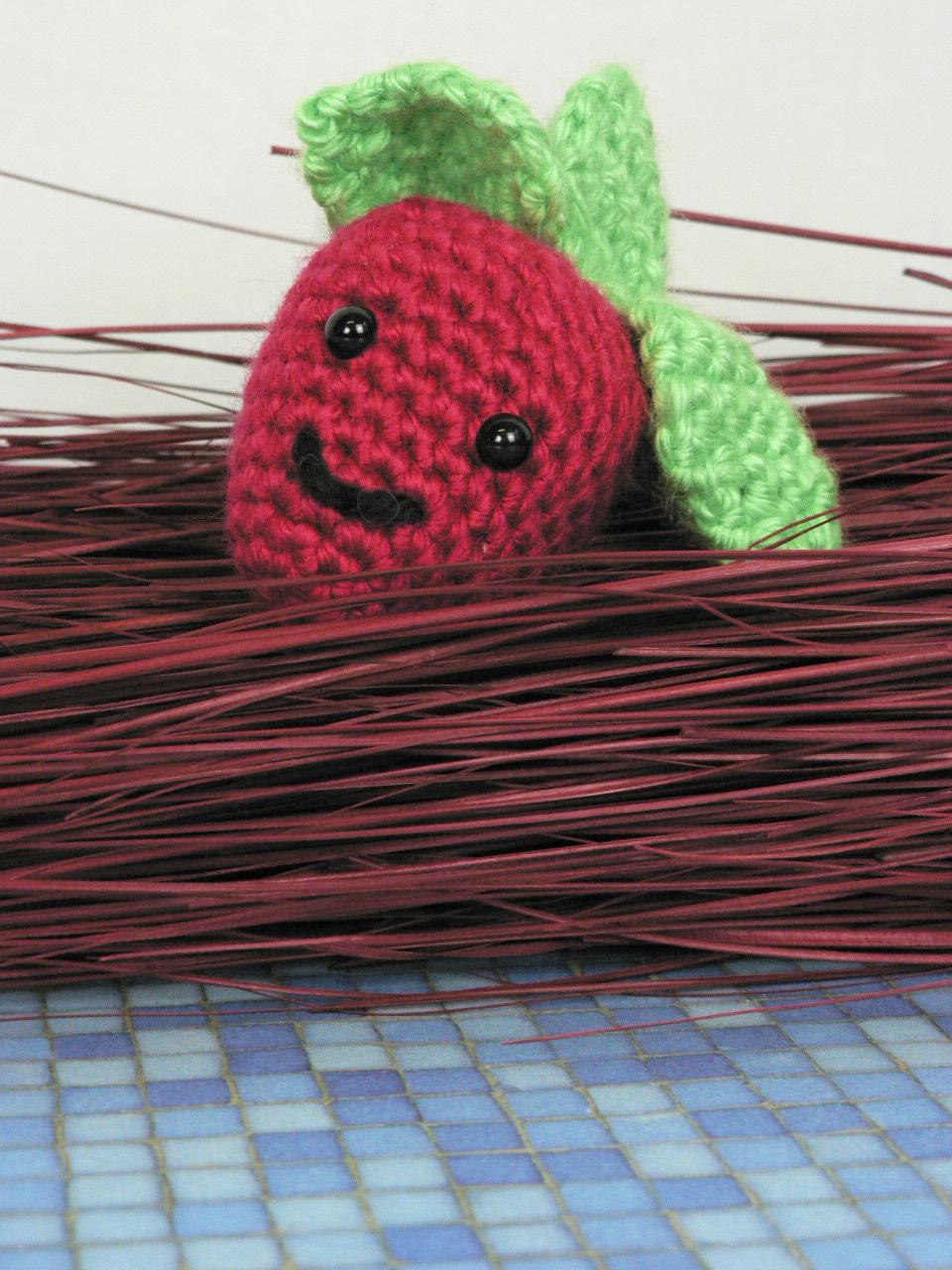 Adorable Amigurumi Strawberry Free Crochet Pattern | 1280x960